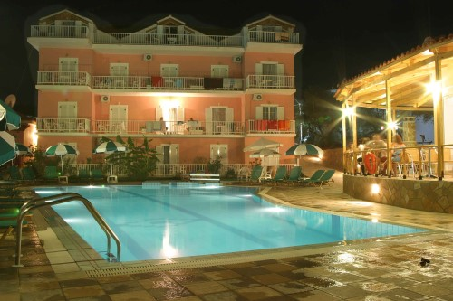 Review 0 Reviews The Amoudi Studios Apartments Hotel