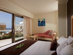 Superior Guest Room Sharing Pool Garden View